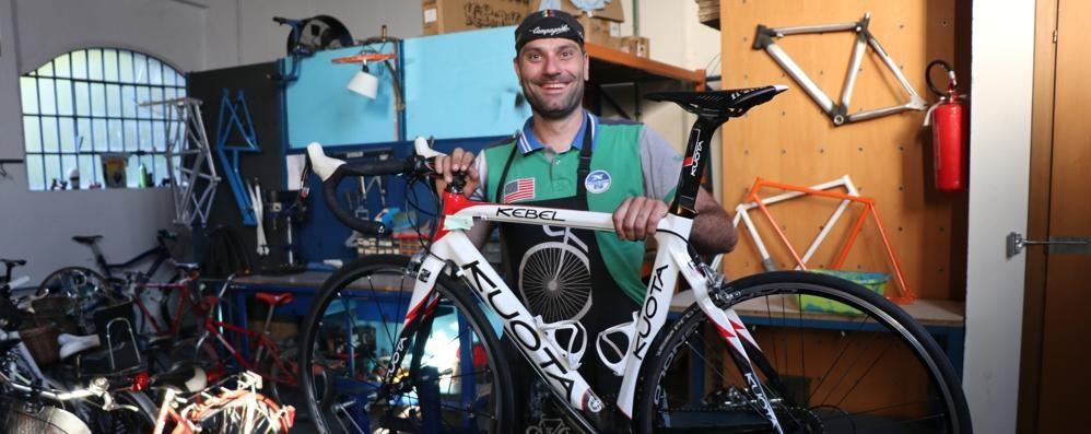 Seregno Nicola E La Passione Per La Bici Ecco Il Ciclista A Domicilio 4a9f2c02 C3fd 11e8 8acd 863d5baa0209 998 397 Big Story Detail